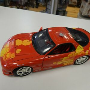 https://militaryhobbies.com.au/wp-content/uploads/2020/04/118-scale-Diecast-1994-Mazda-RX7-damaged-Fast-and-Furious-303242014643.jpg