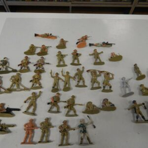 https://militaryhobbies.com.au/wp-content/uploads/2020/04/132-scale-British-8th-Army-Plastic-Toy-Soldiers-by-Charbens-Tinpot-302693033989.jpg